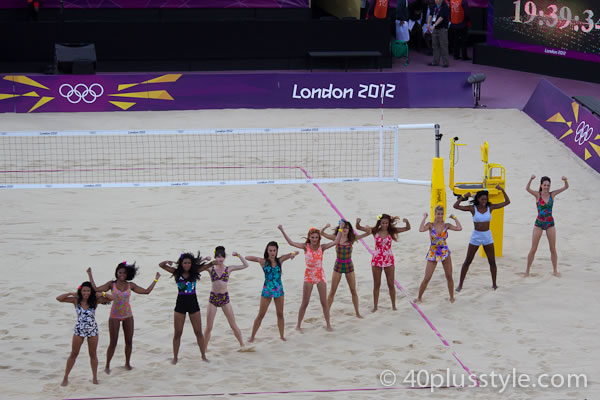 entertainment during beach volleyball