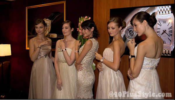 models wearing benten