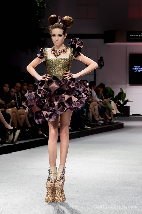 Guo Pei fashion show in Singapore