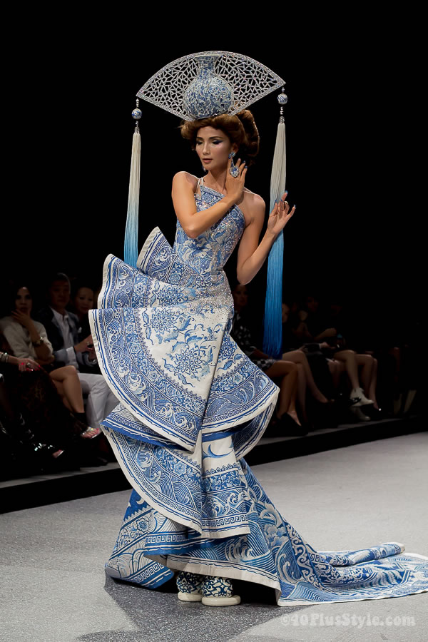 Guo Pei Fashion Show In Singapore Be Completely Wowed