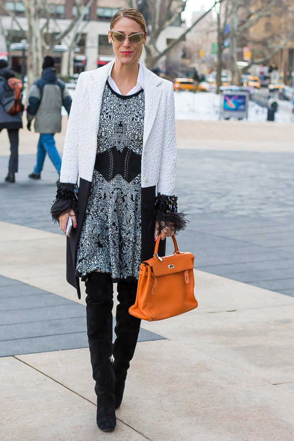 Ageless style inspiration: black and white layers and textures