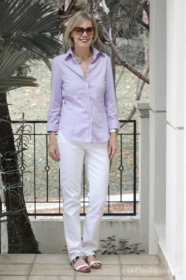White NYDJ with a lila button down shirt | 40plusstyle.com