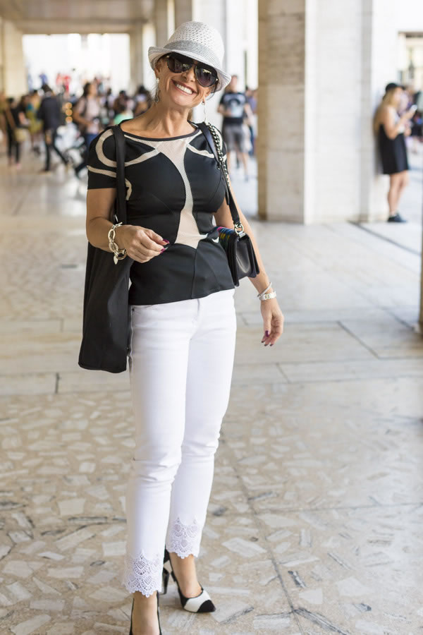 14 ways to wear black and white in summer! | 40plusstyle.com