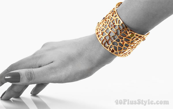 Gold cuff from Taula jewelry   40plusstyle.com