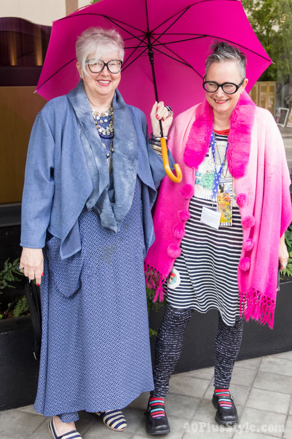 Post image for Colorful style at the 40+ blogger meetup!