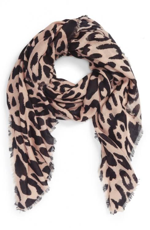Leopard scarf | 40plusstyle.com