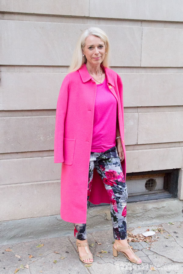 Hot in a pink coat! Or why you should consider a colorful coat