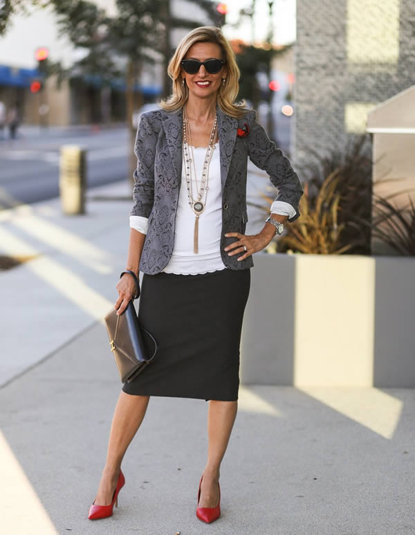 How to wear a blazer | 40plusstyle.com