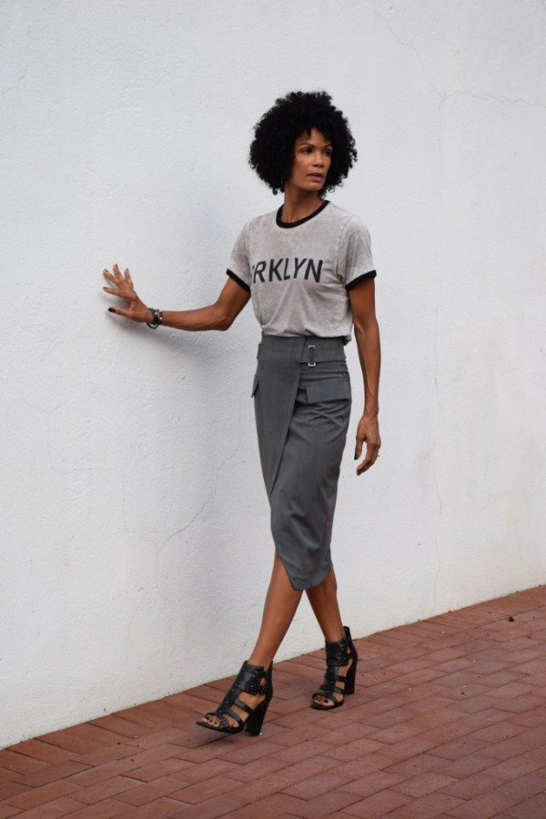 Diana Tomboy Chic Pencil Skirt T-shirt | 40plusstyle.com