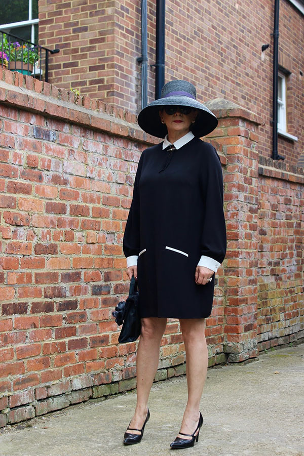 Floppy hat with dress outfit inspiration | 40plusstyle.com