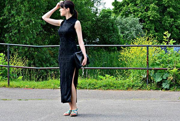 Little black dress with flat sandals | 40plusstyle.com