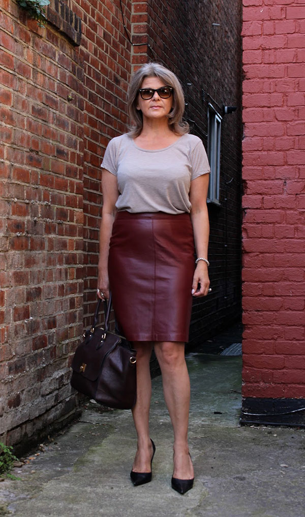 Pantone color of the year burgundy skirt | 40plusstyle.com