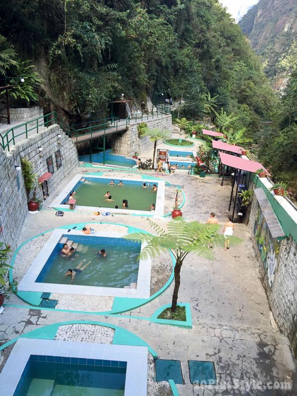 Travel diary: Hot springs in Machu Pichu | 40plusstyle.com