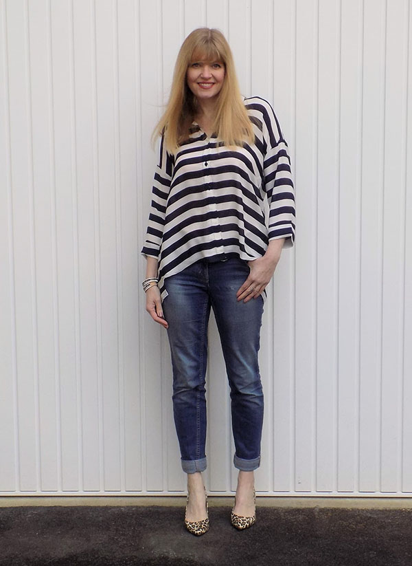 Striped shirt with boyfriend jeans and leopard print shoes | 40plusstyle.com