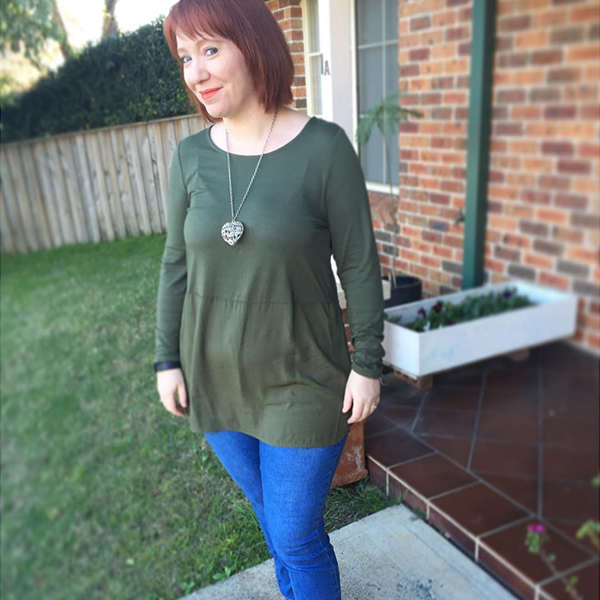 #40plusstyle inspiration: Comfy olive green tunic styled with a silver necklace | 40plusstyle.com