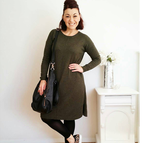 How to style tunics: Green tunic with animal print shoes | 40plusstyle.com