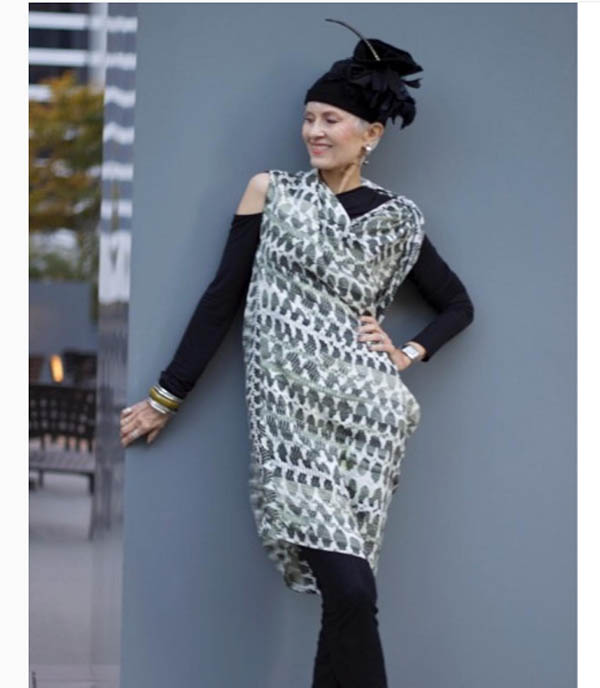 40plusstyle inspiration: ideas on how to wear an asymmetrical dress with leggings | 40plusstyle.com
