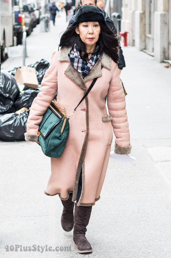 Winter outfits: pastel pink with teal blue outfit| 40plusstyle.com