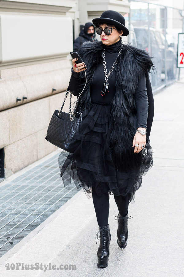 All black winter outfit: bold and edgy textures | 40plusstyle.com
