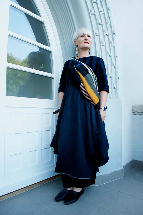 Fashion for women over 40 | 40plusstyle.com