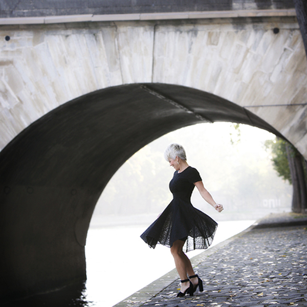 How to wear tulle skirt | 40plusstyle.com