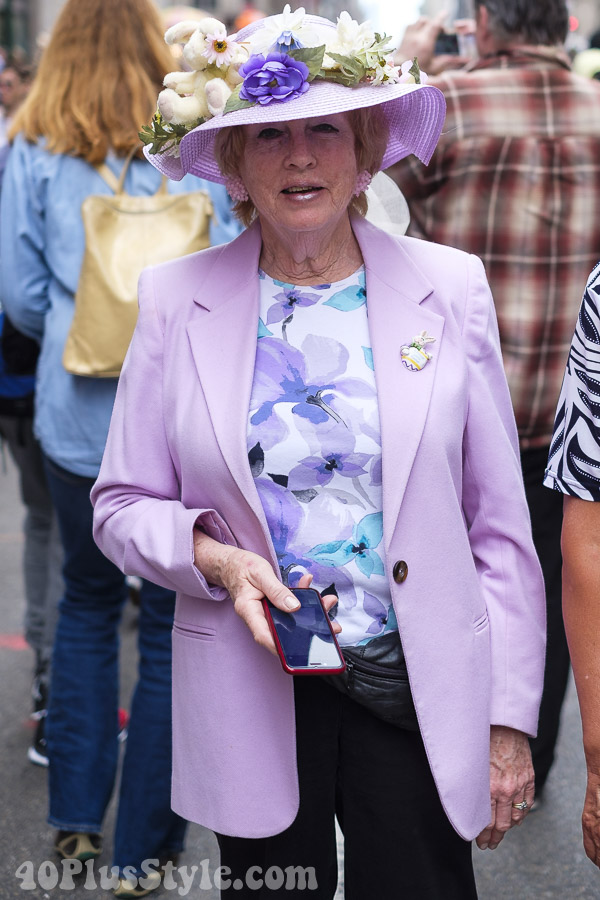Elegant in lilac tones at the New York Easter Parade | 40plusstyle.com