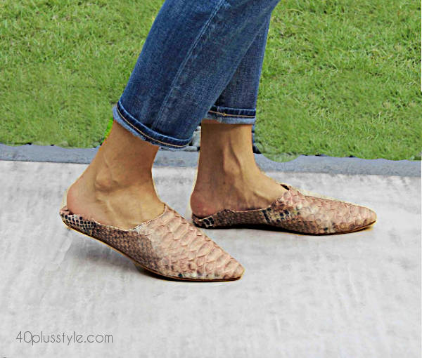 moroccan mules with jeans | 40plusstyle.com