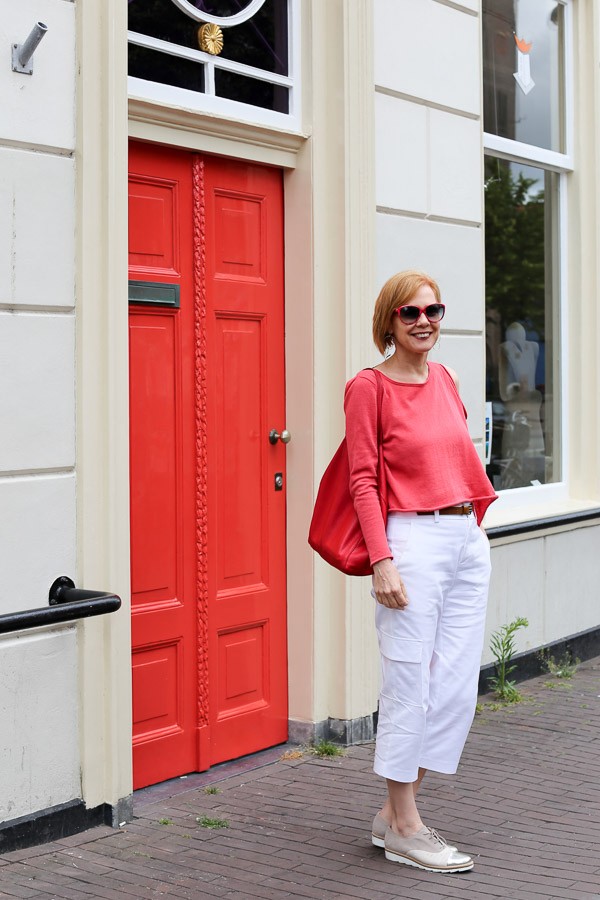 Stylish outfits for women over 40 | 40plusstyle.com