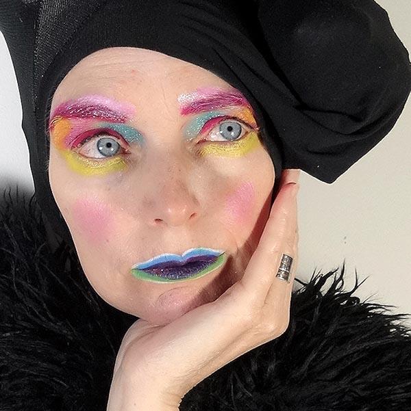 A glamorous rainbow eyeshadow look | 40plusstyle.com