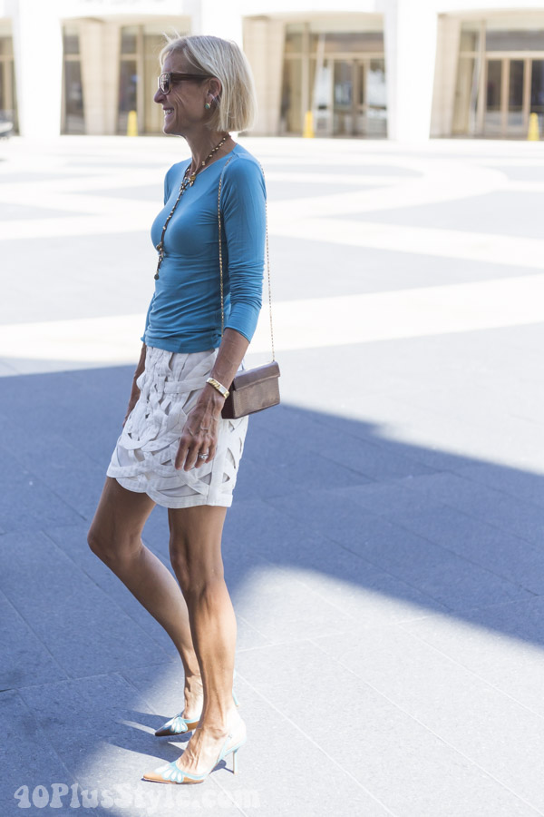 Elegant yet simple outfits to re-create for women over 40 | 40plusstyle.com