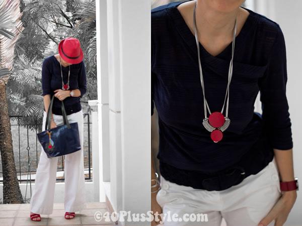 alldressedup necklace blue white