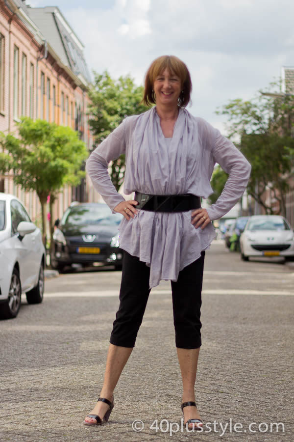 Greetje in black and grey outfit