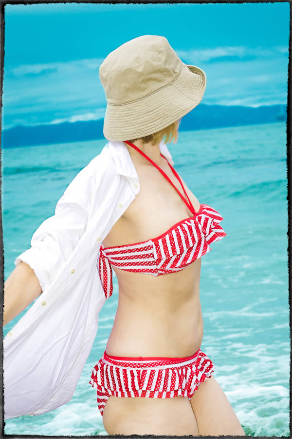 bikini and hat