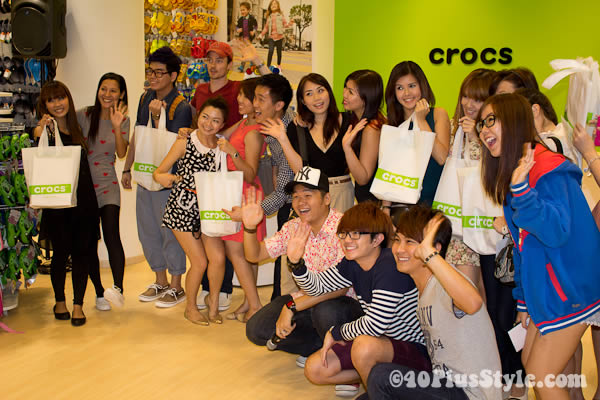 bloggers at crocs event