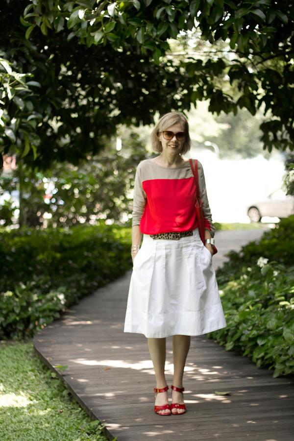 white skirt animal print belt