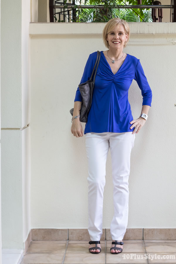 Wearing 2 Covered Perfectly tops 5 different ways - #outfit 2 skinnies | 40PlusStyle.com