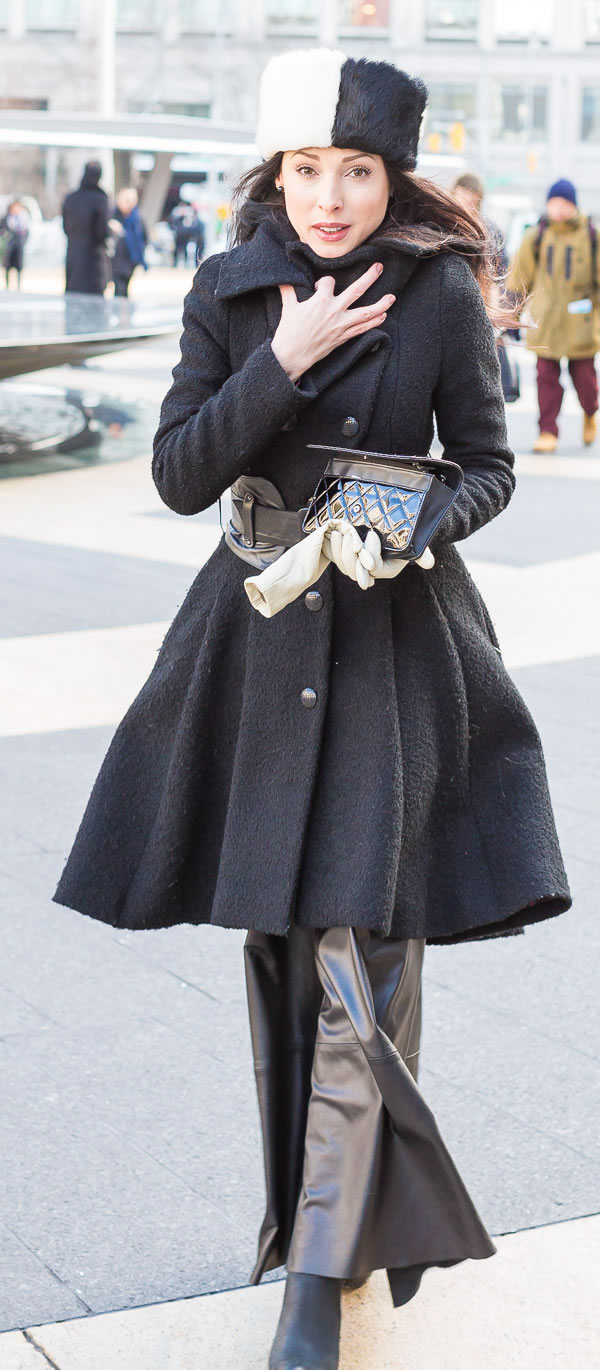 Trendy belted coat | 40PlusStyle.com