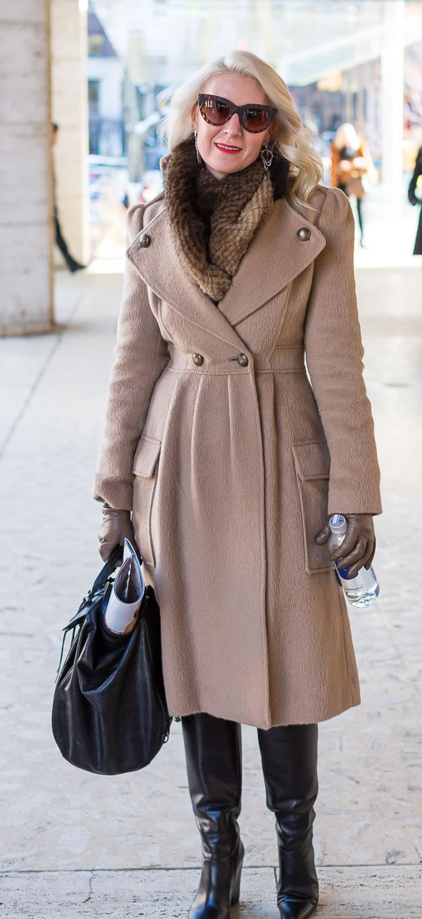 Belted winter coat with statement collar | 40PlusStyle.com
