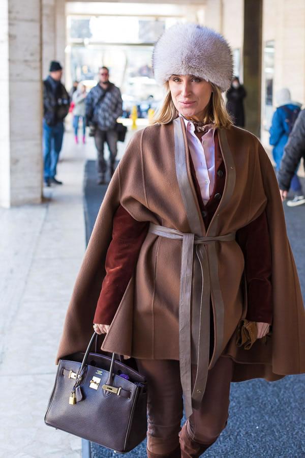 How to choose a coat - Cape coat   40PlusStyle.com