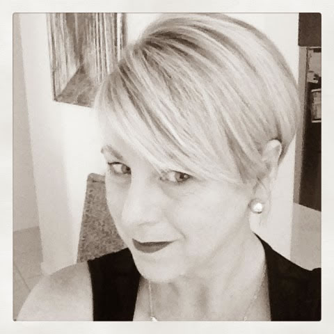 A great short haircut by Deborah | 40PlusStyle.com