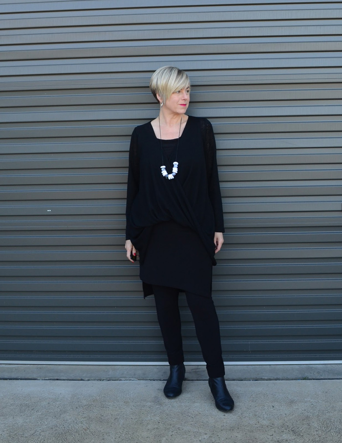 Deborah wearing all black and white necklace | 40plusstyle.com