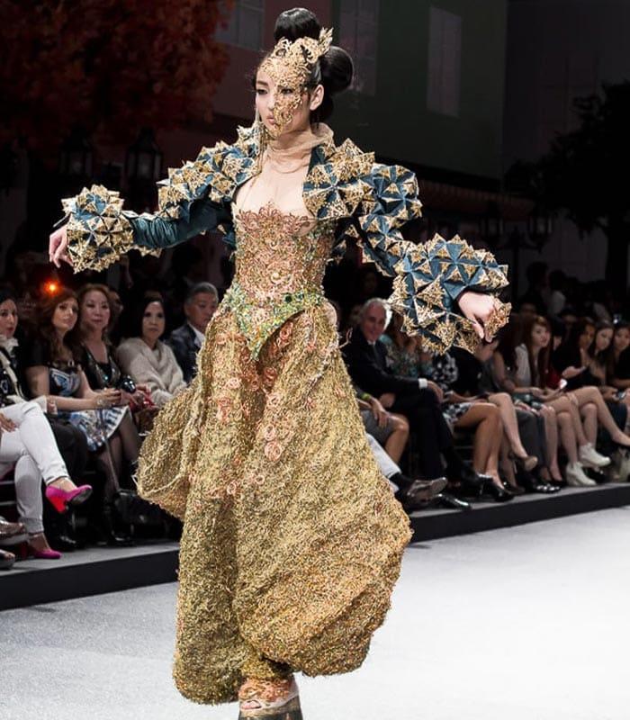 Style inspiration: Guo Pei Fashion Show | 40plusstyle.com