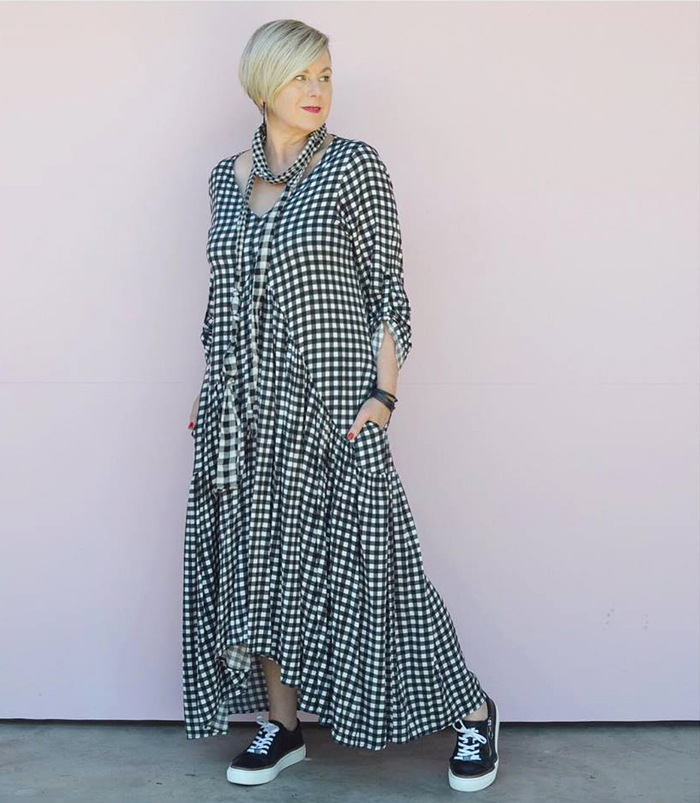 Deborah wearing checkered dress and scarf | 40plusstyle.com