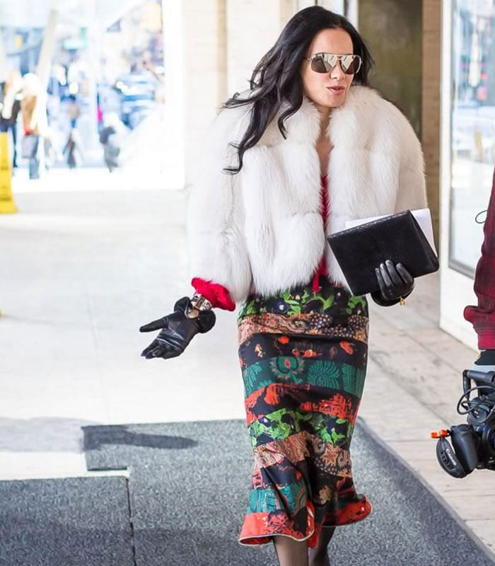10 best streetstyle looks by women over 40 featuring prints | 40plusstyle.com