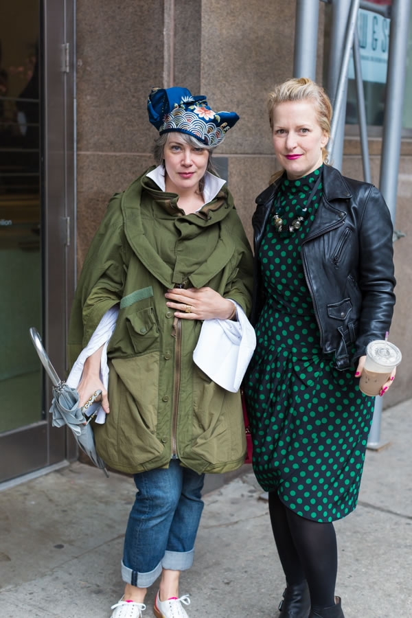 Ladies attending the Manhattan Vintage show in New York | 40plusstyle.com