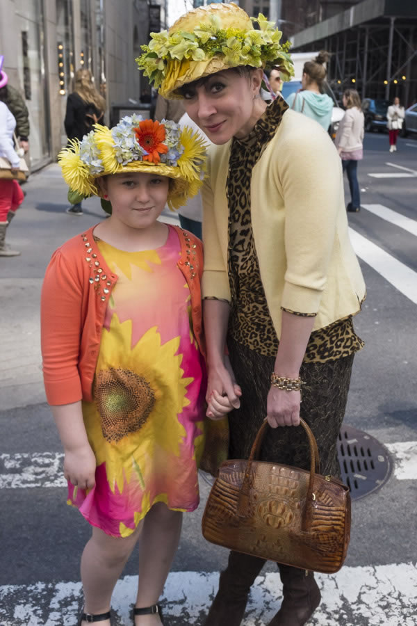 Easter hats at Easter Parade New York, 5th Avenue, 2014 | 40plusstyle.com