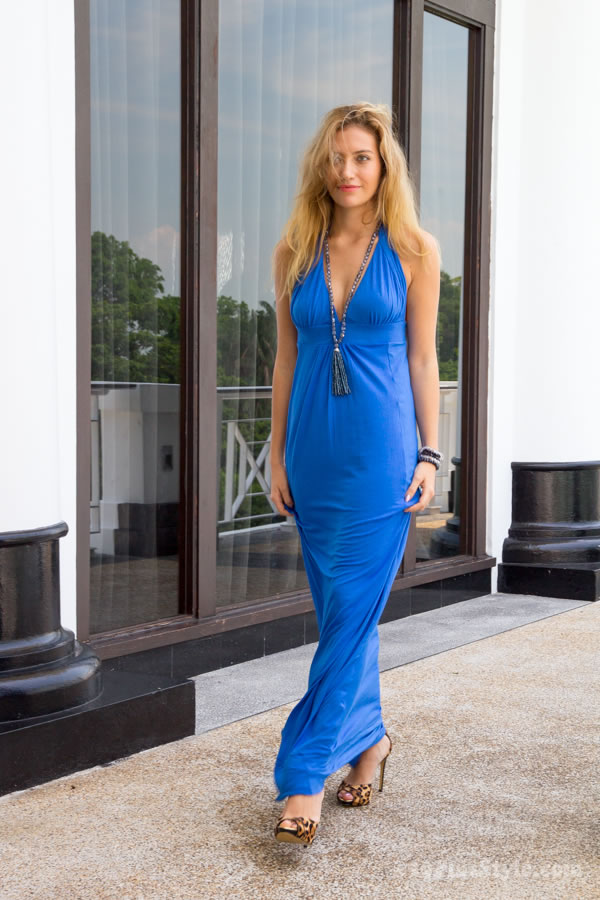 long sexy maxi dress in blue