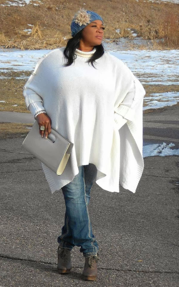 white cape with jeans | 40plusstyle.com