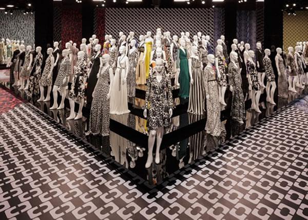 Diane von Furstenberg wrap dresses exhibition   40plusstyle.com