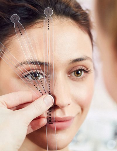 How to map your eyebrows | 40plusstyle.com